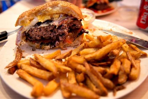 Burger & Shakes4