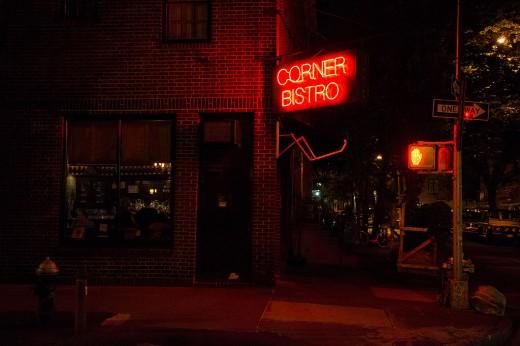 Corner-bistro8