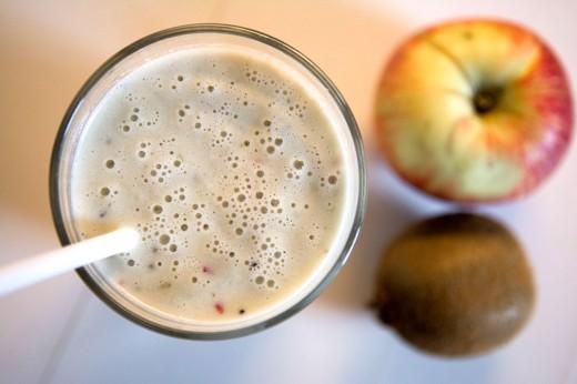 Smoothie-æble-kiwi