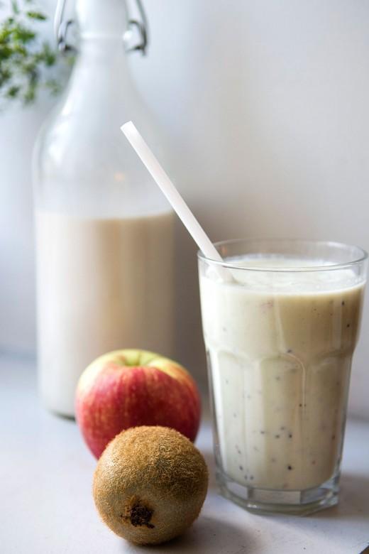 Smoothie-æble-kiwi2