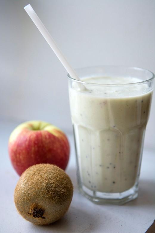 Smoothie-æble-kiwi3