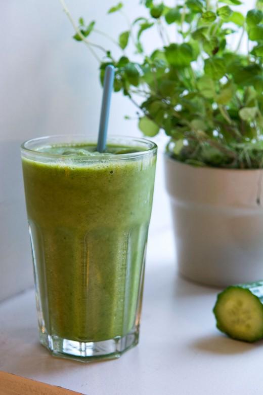 Smoothie med agurk2