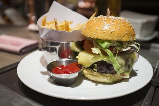 BarBoulud burger7