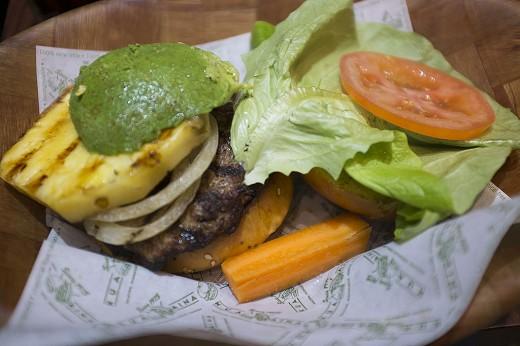 KuaAina burger7